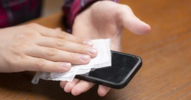 Cómo limpiar el móvil para prevenir el contagio del coronavirus