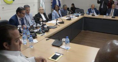 Consejo invitará jóvenes de Plaza de la Bandera como observadores
