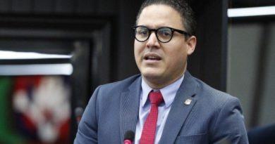 Diputado propone cierre provincias sin el Covid-19