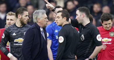 Expulsan al entrenador Carlo Ancelotti por discutir con el árbitro después de un partido de la Premier League