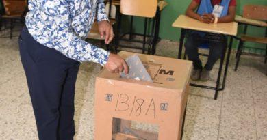 René Polanco exhortó a la población acudir masivamente a votar