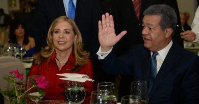 Leonel Fernández ve con preocupación retroceso democrático e institucional de RD actualmente