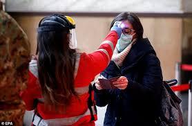 Los fallecidos en Italia son 11.591 por COVID-19; se registra fuerte caída de contagios