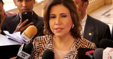 Vicepresidenta felicita orden de INABIE en proceso distribución alimentos por coronavirus