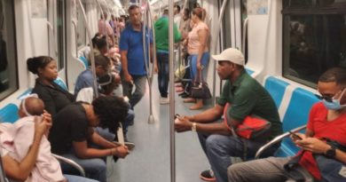 Medidas Gobierno reflejadas en disminución tránsito y Metro