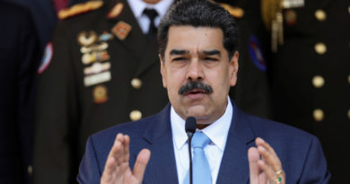 Maduro declara en emergencia el sistema de salud venezolano y suspende vuelos provenientes de Europa y Colombia