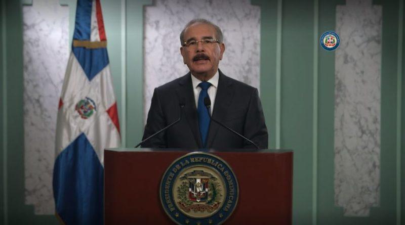 """Presidente Medina:""""Bancos eliminarán pago mínimo mensual sobre balance de la deuda"""""""