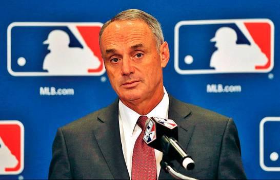 MLB estudia múltiples opciones para salvar la temporada 2020