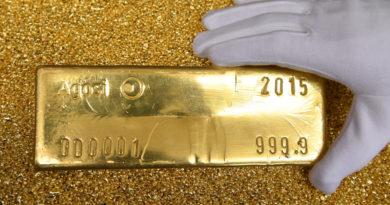 Expertos pronostican que dentro de un año y medio el precio del oro alcanzará un récord de 3.000 dólares por onza