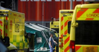 Dos médicos demandan al gobierno del Reino Unido por la falta de equipos de protección