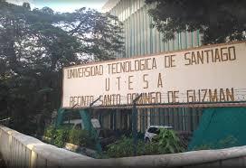 Estudiantes de UTESA exigen no corbrar mora y pago mensualidad sea solo la mitad
