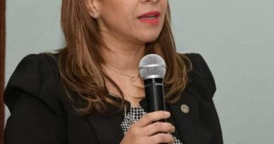 Karen Ricardo deplora algunos alcaldes del PRM violan estado de excepción