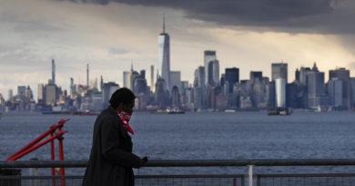 Las muertes por covid-19 siguen bajando en Nueva York: 438 decesos en un día