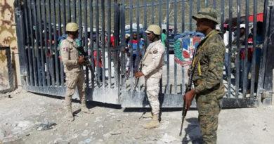 Unos 4.200 haitianos abandonaron la República Dominicana por el coronavirus