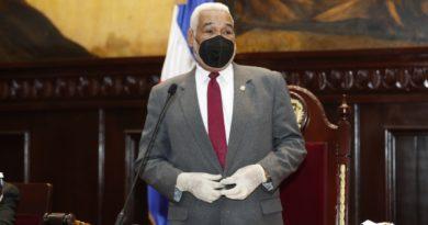 """""""Usar mascarillas y lavarnos las manos"""", exhorta Camacho, recuperado del COVID-19"""