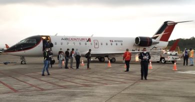 Embajador dominicano en Jamaica informa de la repatriación de 94 ciudadanos de su país varados en la Isla.