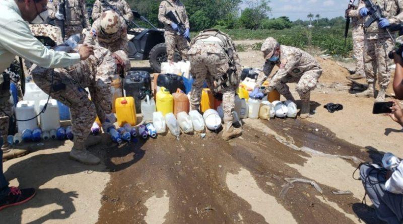 Cesfront desparramó más de 2 mil litros de clerén incautado en varias provincias de la zona fronteriza