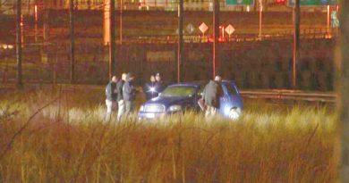 Un dominicano acusado de asesinar hombre y mujer y quemar cadáveres en carro que abandonó en vías de tren en Providence