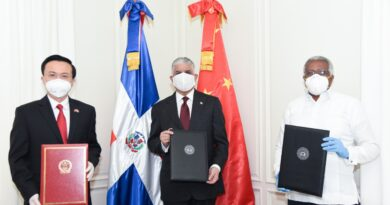 China dona RD$1 MM al INTEC para fabricación de ventiladores