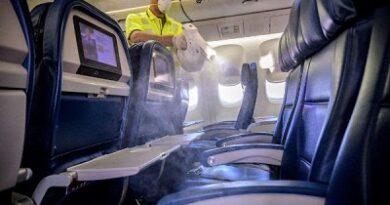 Delta desinfecta sus vuelo en cada aeropuerto utilizando pulverizadores electrostáticos