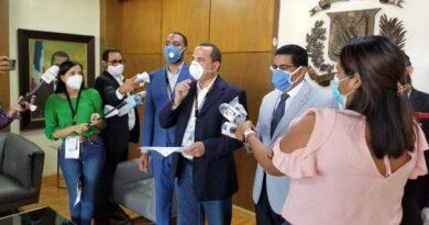 FP y aliados depositan ante JCE propuesta de protocolo sanitario para voto en el exterior