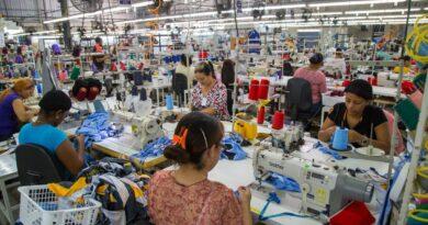 Exportaciones de República Dominicana cayeron un 33.7% en abril