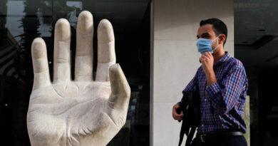Investigadores creen que los hombres con dedos anulares largos podrían tener menos probabilidad de morir por coronavirus