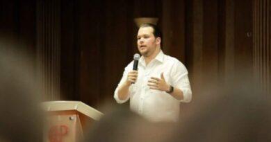 Orlando Jorge Villegas propone plan de viviendas sostenibles para relanzar sector construcción