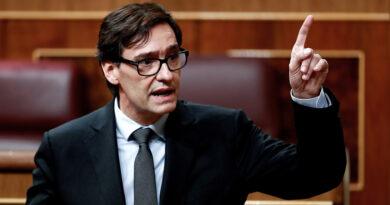 """""""Predecir el pasado es muy fácil"""": La respuesta del ministro español de Sanidad a los reproches de la derecha que se hace viral"""
