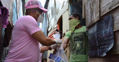 Senadora Cristina Lizardo continúa entregando insumos y alimentos a: hospitales, fundaciones, centros comunitarios y familias necesitadas