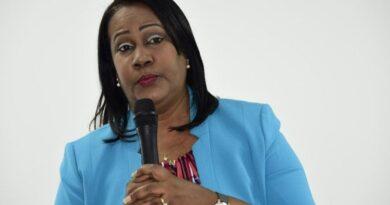 Presidenta ADP plantea dar por terminado este año escolar