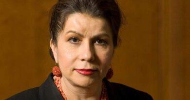 El Banco Mundial nombra economista jefa a Carmen Reinhart