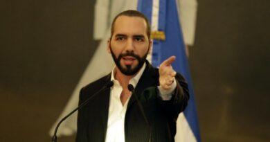 El presidente .@nayibbukele dice que 'no es tiempo de abrir' economía en El Salvador