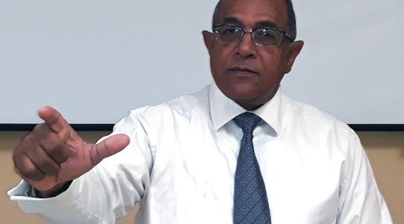 Politólogo vaticina votantes se inclinarán por experiencia de Leonel en elecciones del 5 de julio