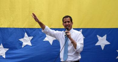 Venezuela sostiene que Guaidó está cobijado en la Embajada de Francia en Caracas y París lo niega