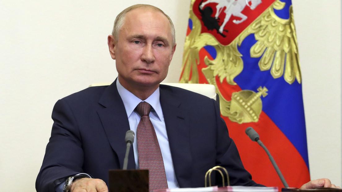 Putin explica cuántas veces le hacen la prueba de detección del coronavirus