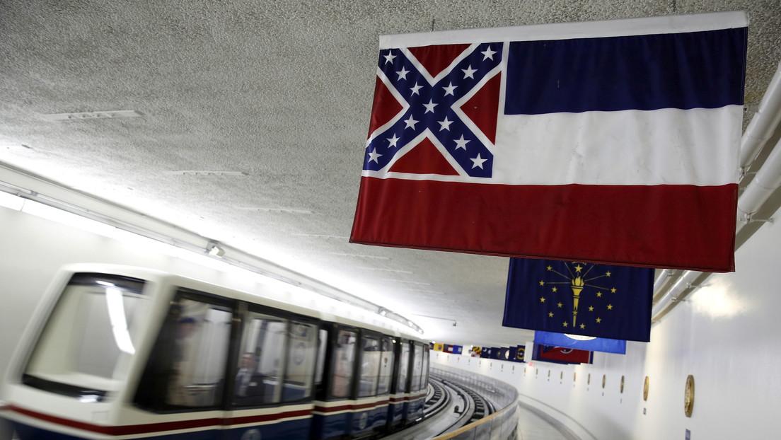 EE.UU.: Misisipi vota a favor de eliminar el emblema confederado de la bandera del estado