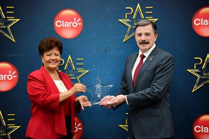 Claro celebra Premios a la Excelencia 2020