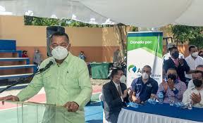 ENADOM desarrolla paquete de obras sociales en comunidades de Boca Chica