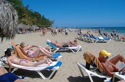 Gobierno RD abordará esta semana posibilidad de reabrir aeropuertos y actividad turística el 01 de julio