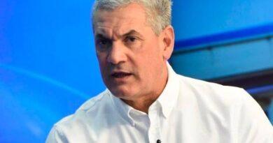 Gonzalo Castillo: No permitiré que el PRM y su candidato interrumpan mis ayudas solidarias
