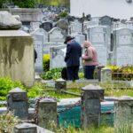 Las muertes diarias por COVID-19 bajan del medio centenar en Nueva York