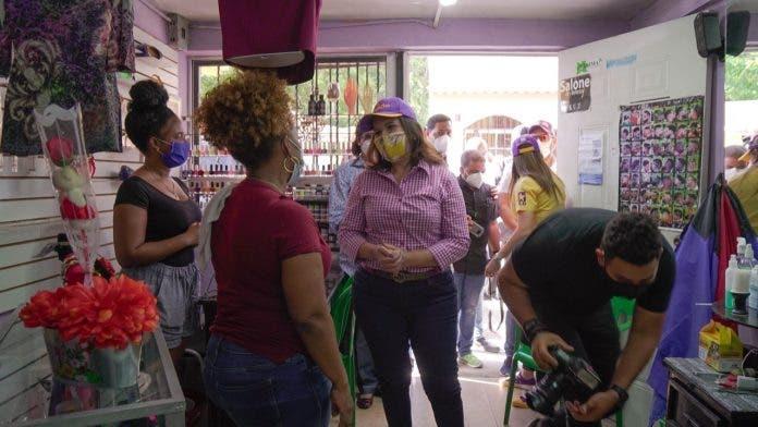 Margarita Cedeño inicia campaña en La Victoria; anuncia proyecto para la juventud