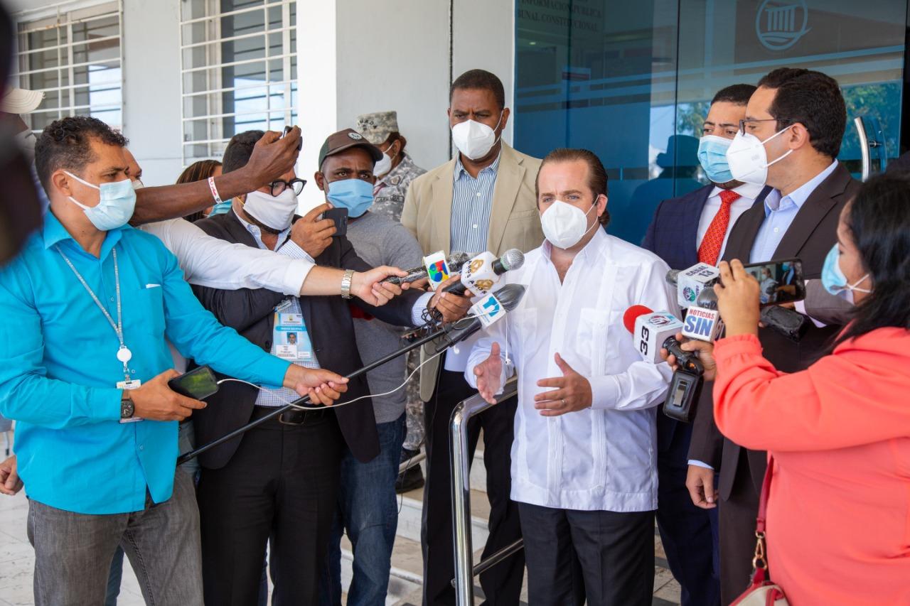 PRM deposita ante TC acción inconstitucionalidad en contra de decretos que extendieron emergencia