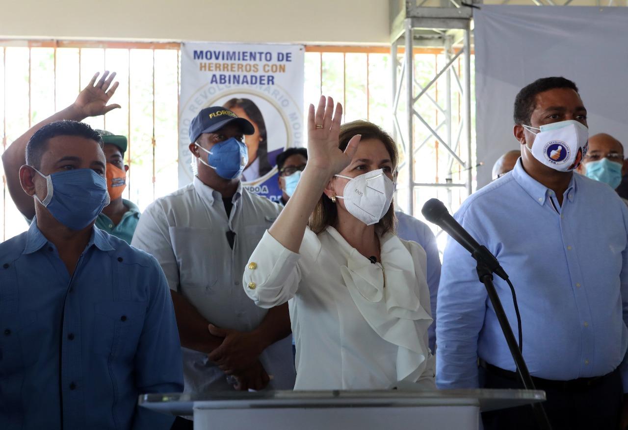 Raquel Peña juramenta cientos de exdirigentes del PLD, PRD y ALPAIS que ahora pasan a las filas del PRM