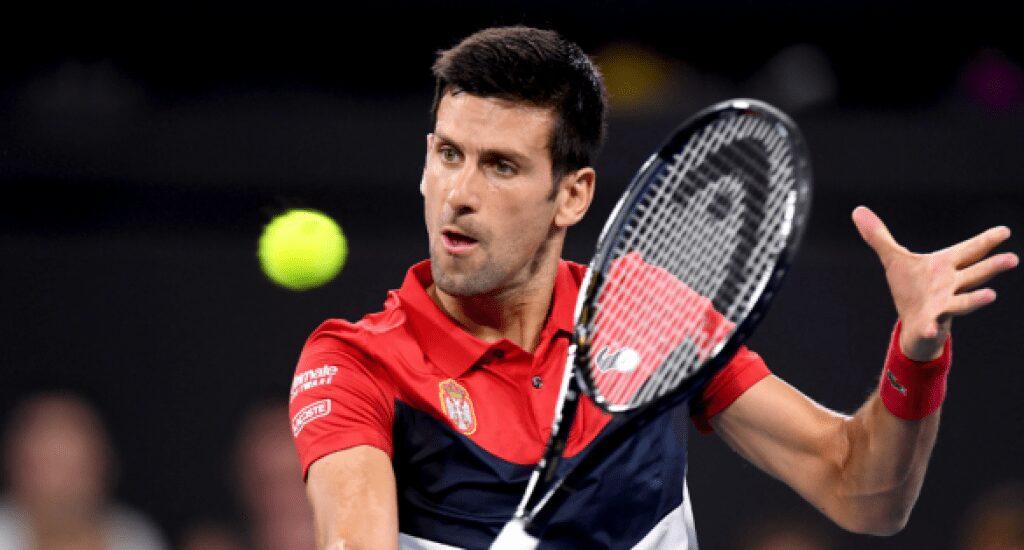 Mucha motivación y pocas mascarillas en el duelo de estrellas de Djokovic