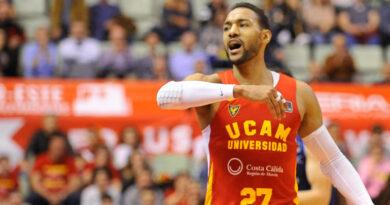 Dominicano Sadiel Rojas renueva una temporada más con el UCAM