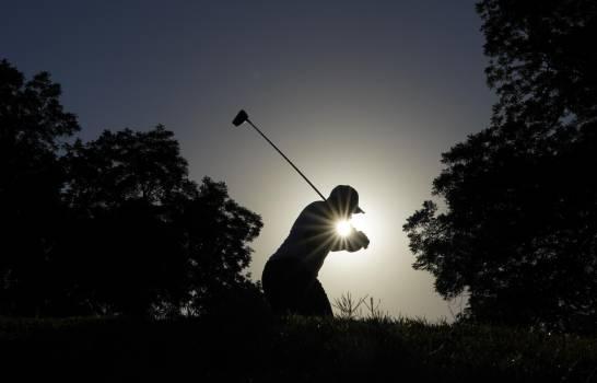 Varner va de líder tras segunda ronda del Charles Schwab Challenge de golf