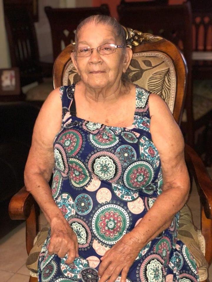 Restos de la madre de Carlos Guzmán serán expuestos en Jardín Memorial en un acto familiar