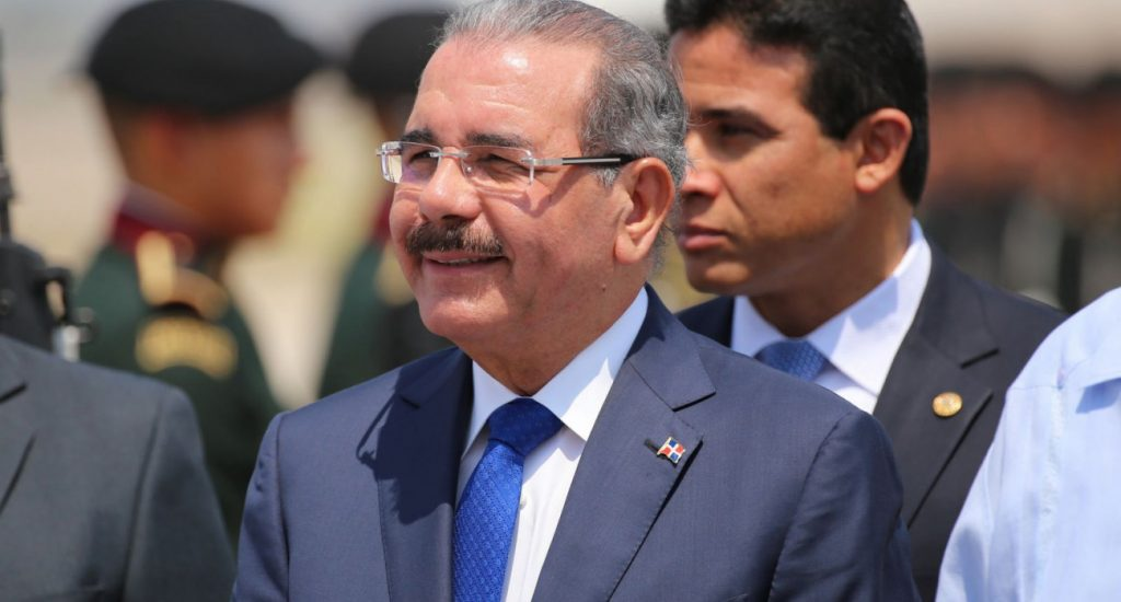 Tras ocho años al mando de la República, Danilo Medina votará este domingo por última vez como presidente
